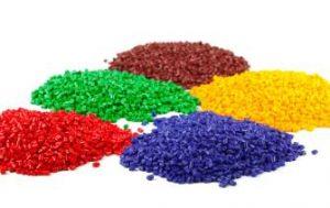 Kolorowe granulaty tworzyw sztucznych